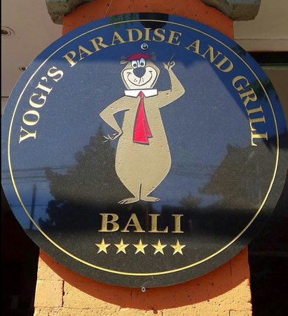 Yogi's Paradise and Grill: Best food in bali....for friendly service and amazing food get your butts into Yogi's Paradise &