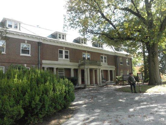 North Bridge Visitor Center