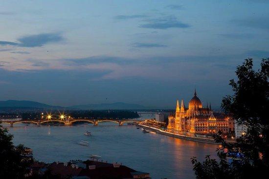 Pogacia Photo: Hungarian Parliament Building