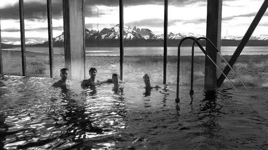 Tierra Patagonia Hotel & Spa: la vista de la Alberca