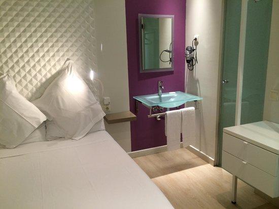 Urban Sea Atocha 113: Guest room