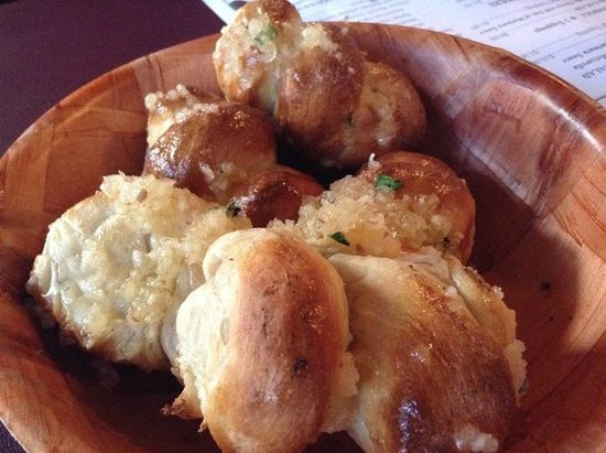 The Original Papa Nicks: YES!  The garlic rolls ARE as good as they look!