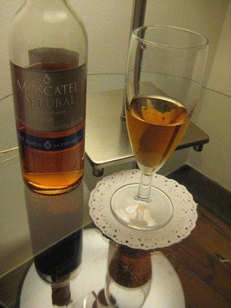 Setubal Muscatel on Venha Vinho wine tours