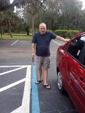 Days Inn Port Charlotte: great disabled parking right in front of our room, and a beautiful view