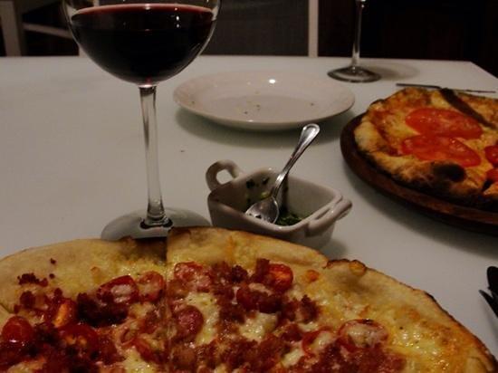 La Virundela: PIZZA NIGHT on Wednesday