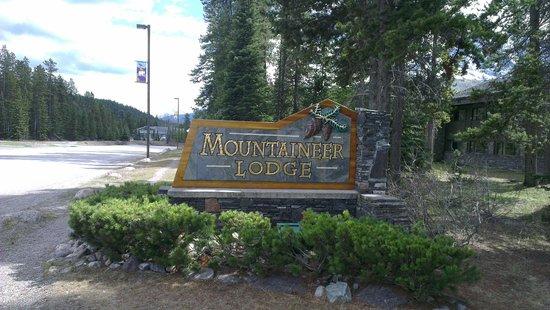 Mountaineer Lodge: The hotel
