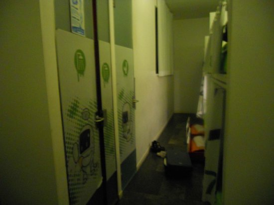Urbany Hostel BCN GO! : vista camera