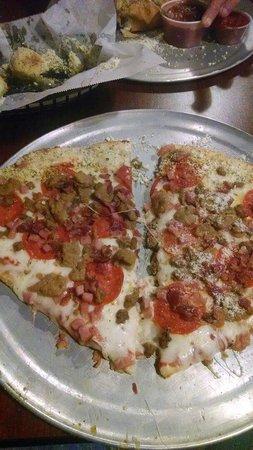 DB's Pizzeria