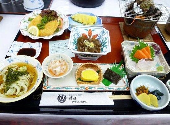 Sado Grand Hotel: 2泊目の夕食