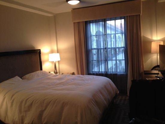 Montecito Inn : Single King Bed