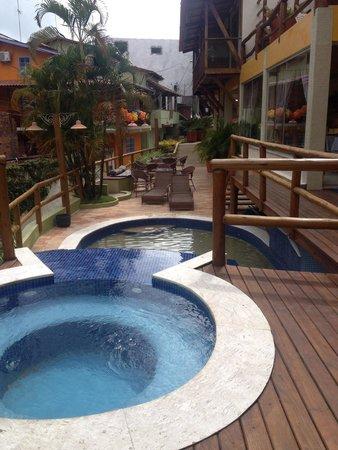 Pousada Safira do Morro: Vista da piscina