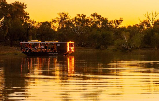 Longreach, Australia: Sunset view from paddlewheeler 2
