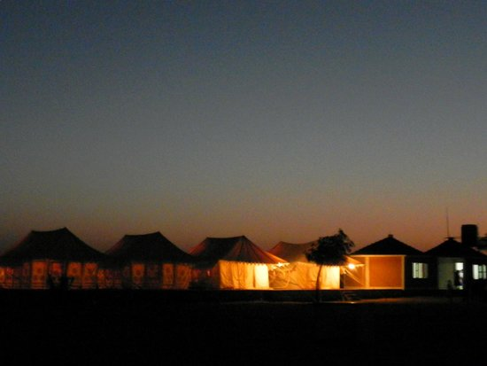 Malra Heritage Camp : tent in night