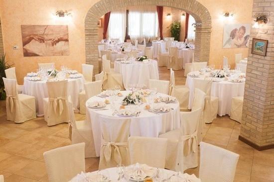 Torreglia, Italien: interni
