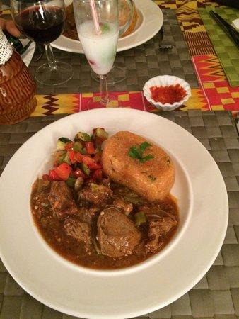 Orange, Francja: Bœuf combo avec manioc, excellent