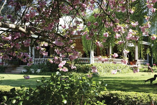 Hartford House : Beautiful Summer