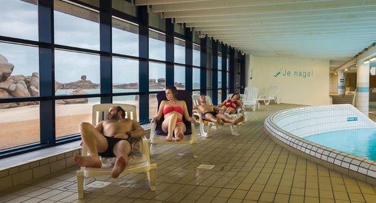 Forum de Tregastel: Repos face à la mer