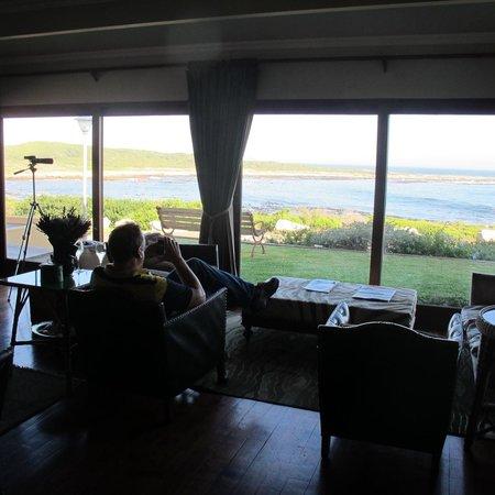 Schulphoek House: Lounge room/Dining room