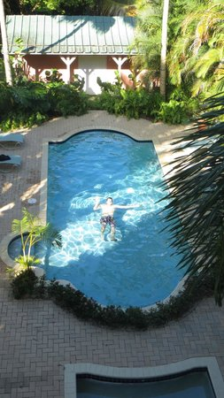 Dos Angeles Del Mar Bed and Breakfast: Pool