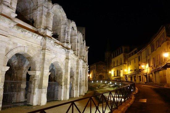 Hotel Spa Le Calendal : Roman arena (Sept 2014)