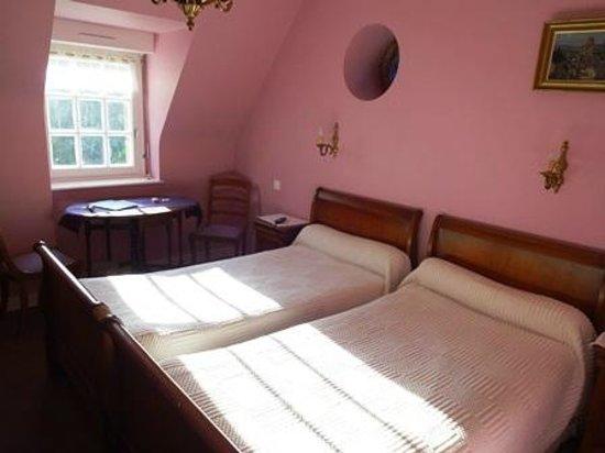 Photo of Hotel Restaurant Le Prieure Quimper
