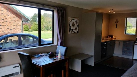 Invercargill TOP 10 Holiday Park : Room