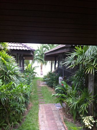 Maenam Resort : A pochi metri dal mare