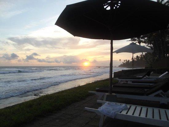 Era Beach by Jetwing: sunset at Era