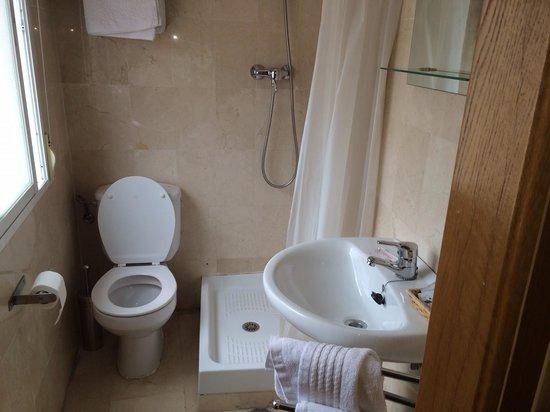 Hostal Navas 14 : Bathroom