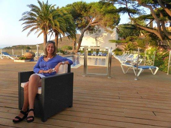 Hotel Les Jardins du Cedre : Zona de la piscina