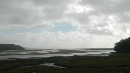 Laugharne Castle : Out towards the open sea