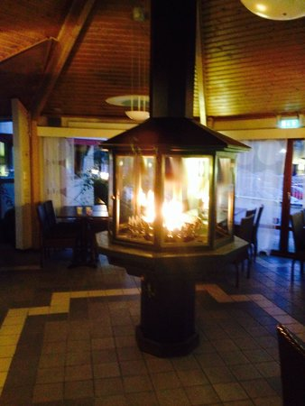 Welcome Hotel: Väckert o varmt