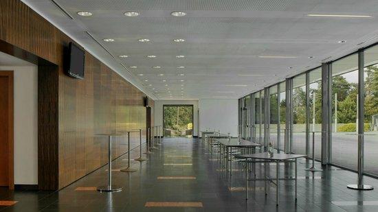 Four Points by Sheraton Ljubljana Mons: Meeting Foyer