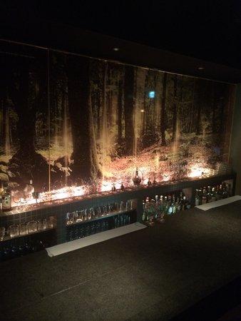 Luxury Bar 104