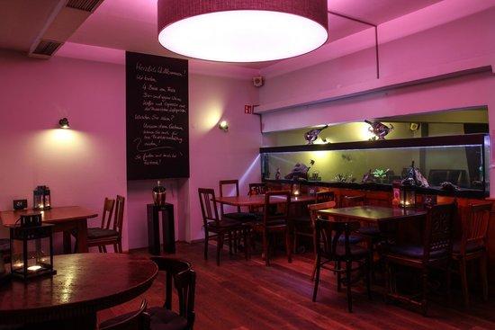 Zwanzig Dreizehn Bar & Cuisine