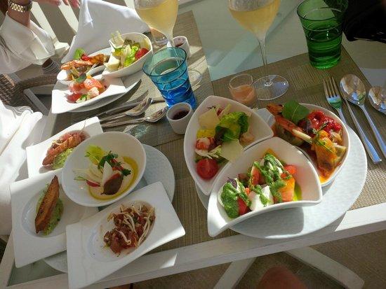 Blue Bay : toutes les salades que je pouvais porter jusqu'à la table