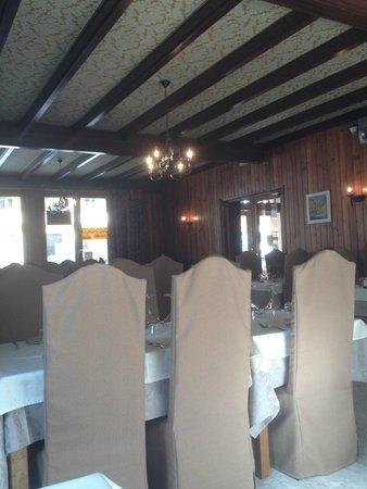 Hôtel l'Alpazur : Salle à manger