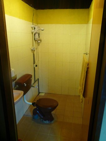 The Reef Chalets : Baño