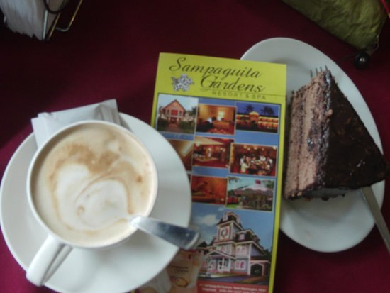 Sampaguita Gardens: coffee to start my tour