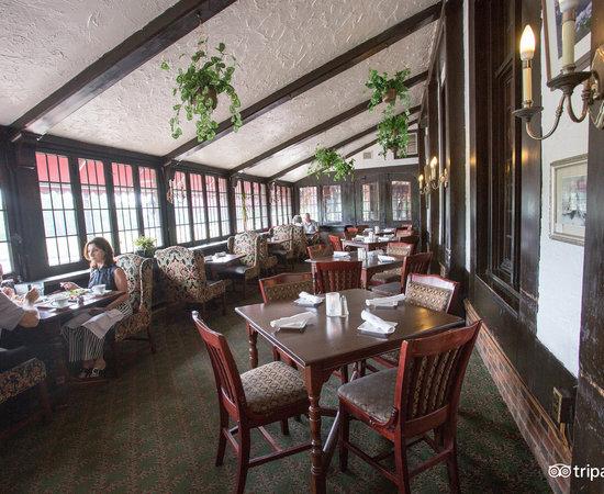 Red Coach Inn Restaurant