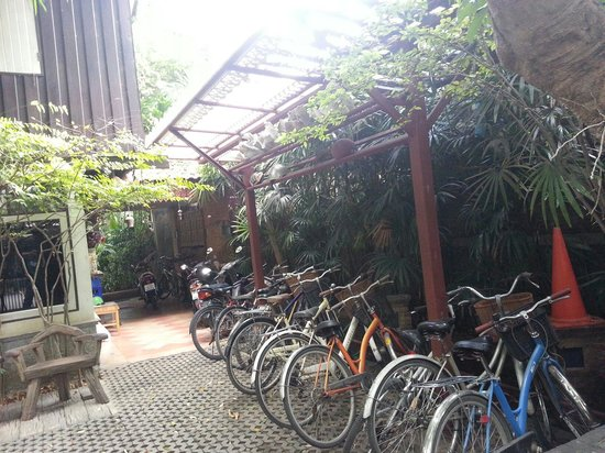 Santitham Guest House: Bicycle