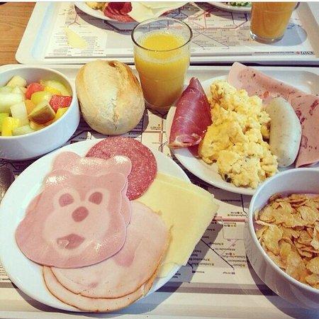 aletto Hotel Kudamm: Lo mejor es el desayuno <3