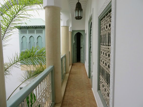 Riad les Hibiscus: balcony to the suite