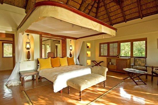 سانكتشواري تشوبي تشيلويرو: Sanctuary Chobe Chilwero - Bedroom
