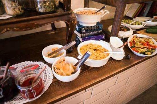Michelberger Hotel: Breakfast