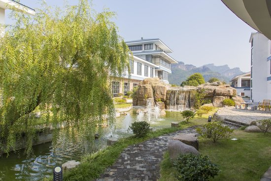 BEST WESTERN Jooch Resort Hotel : 園林十分漂亮