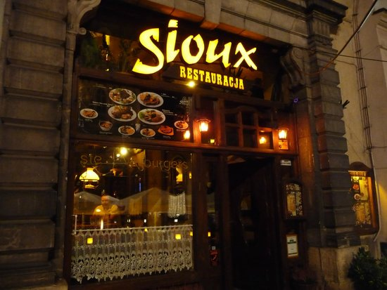 Sioux: OUTSIDE SIGN