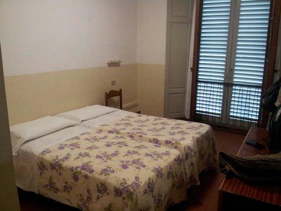 Camera numero 10 foto di patrizia hotel firenze for Hotel numero