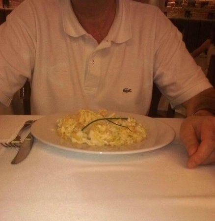 Restaurante La Misión: Bacalao dourado con huevos rotos