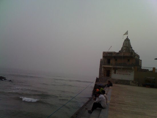 view of Arabian sea from Gomti ghat-photo by Muralitharan